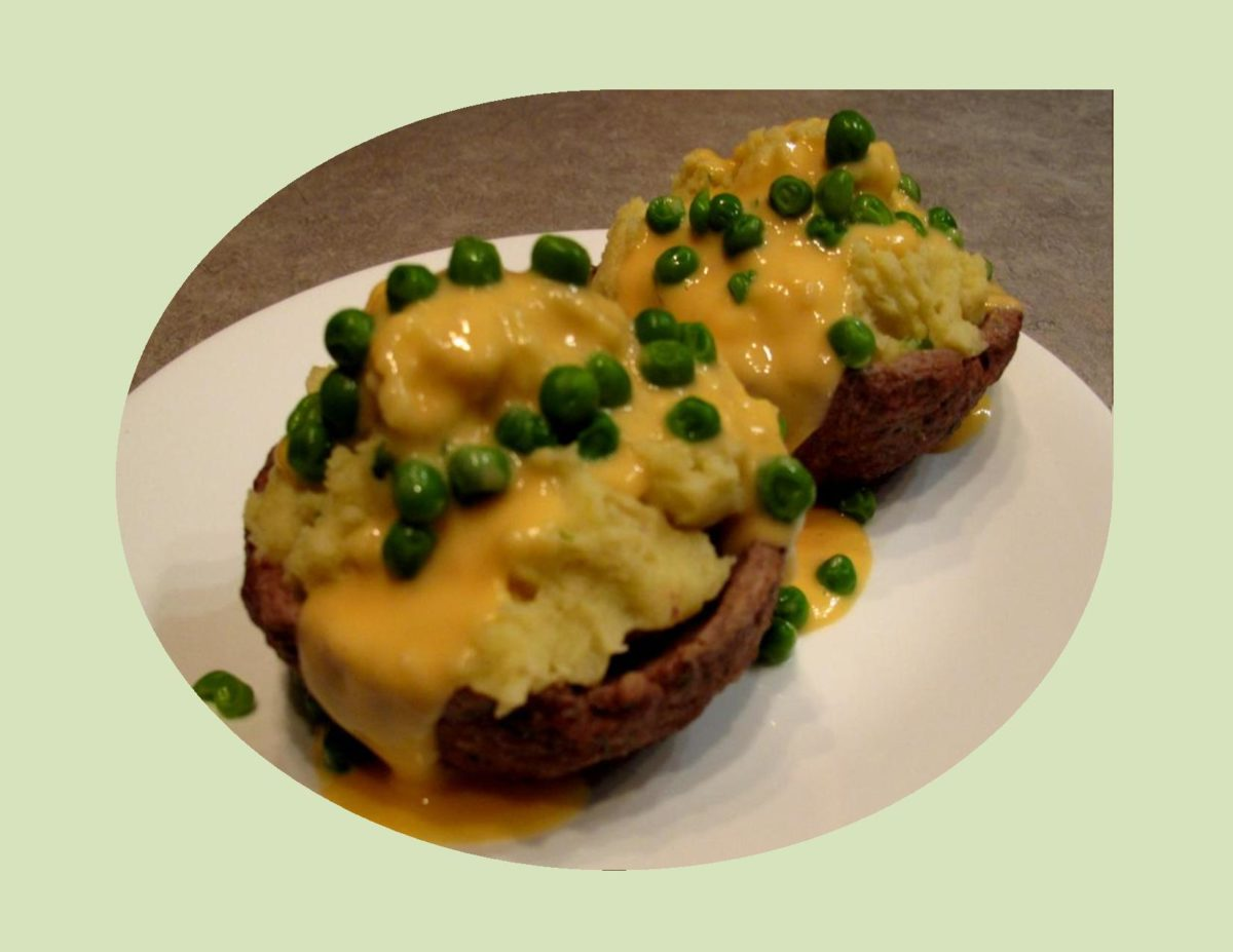 Mashed Potato-Meat Cups with Cheese 'Gravy'