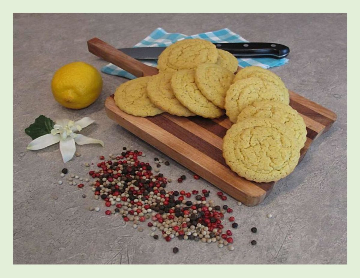 Lemon Pepper Shortbread Cookies