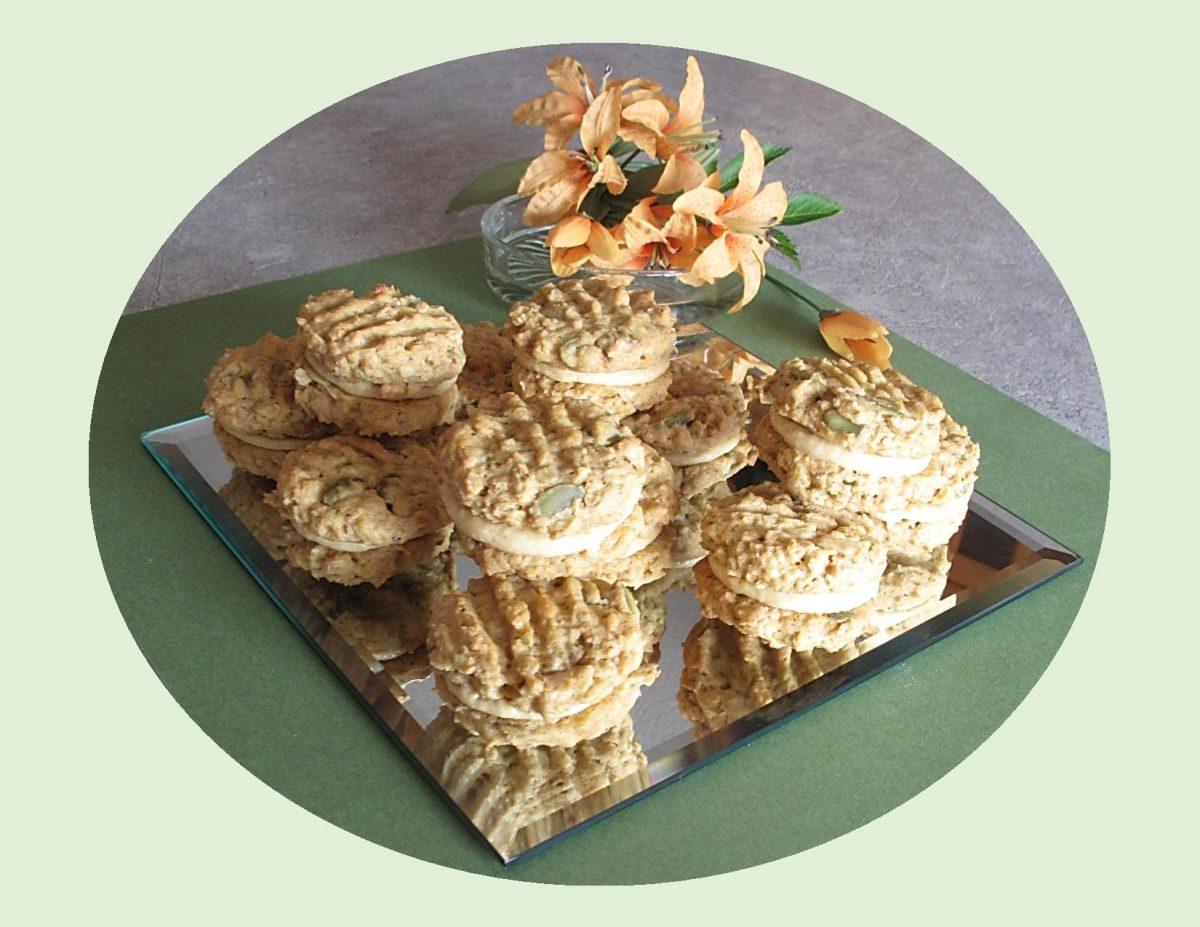 Oatmeal Pumpkin Sandwich Cookies